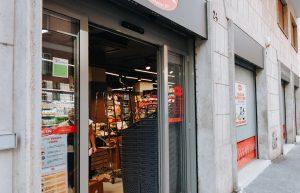 Supermercato Metà